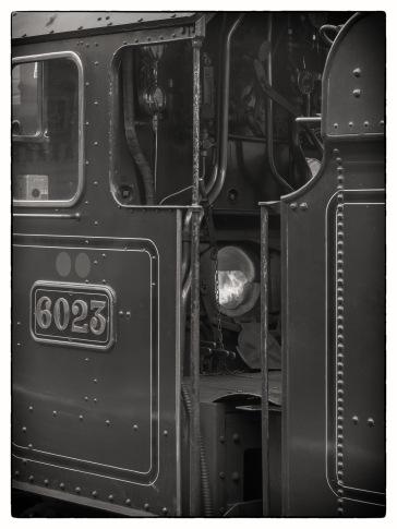 Train (4 of 9)
